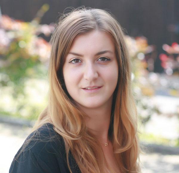 Aida Curak