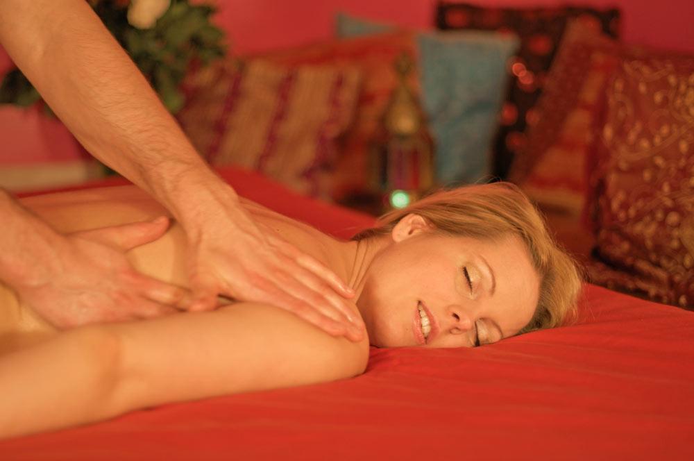 Aarhus bordeller intime massage vejleder