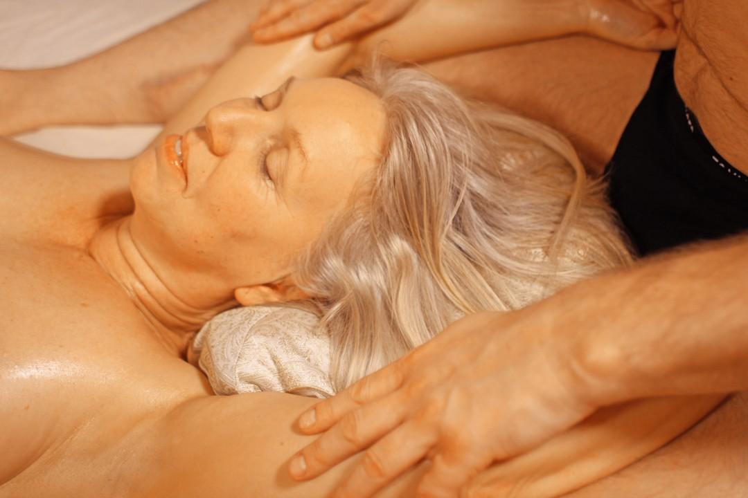 erotisk massage helsingborg svenks porr